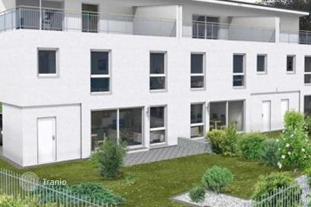 Property for sale in Floridsdorf. Spacious apartment with terrace, garden and private parking in the 21 th district of Vienna