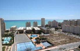 Property for sale in El Campello. 3 bedroom apartment with sea views, big sunny terrace walking distance to Muchavista beach in Campello