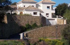 Bank repossessions property in Southern Europe. Unfinished villa with panoramic mountain views, a garden, a pool and a garage, Ojen, Spain