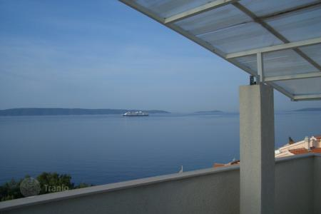 Apartments for sale in Split-Dalmatia County. Apartment on island Ciovo