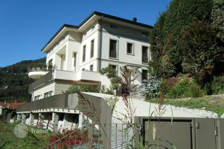 3 bedroom apartments by the sea for sale in Lake Como. Apartment – Cernobbio, Lombardy, Italy