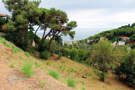 Cheap land for sale in Catalonia. Plot with panoramic sea views