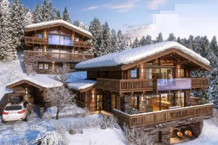 Houses for sale in Salzburg. Exclusive chalet on the slopes, Saalbach-Hinterglemm, Austria. Sale under construction!