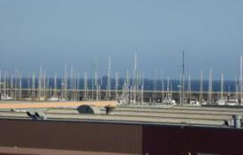 Townhouses for sale in Badalona. For sale a lovely townhouse, with fantastic SEA VIEWS, at 10 min to the beach