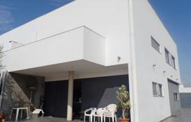 4 bedroom houses for sale in Tavira. Splendid Semi-Detached Ultra-Modern 4 Bed Villa with Pool, Sea Views in Tavira