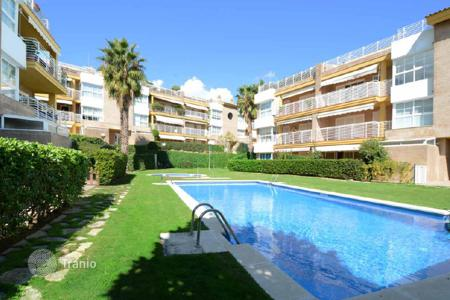 Apartments with pools for sale in Sant Andreu de Llavaneres. Apartment – Sant Andreu de Llavaneres, Catalonia, Spain