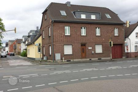 Residential for sale in Cologne. Townhome – Cologne, North Rhine-Westphalia, Germany