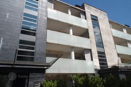 Bank repossessions property in Catalonia. Apartment – Olot, Catalonia, Spain
