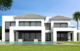 Luxury 5 bedroom houses for sale in San Pedro Alcántara. NEW MODERN VILLA BEACH SIDE GUADALMINA