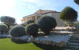 4 bedroom houses for sale in Costa del Garraf. Villa – Castelldefels, Catalonia, Spain