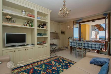 2 bedroom apartments for sale in Lombardy. Furnished two-bedroom apartment with two entrances and a terrace, in a residence with a pool and a park, Padenghe sul Garda, Italy