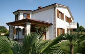 Residential for sale in Medulin. Townhome – Medulin, Istria County, Croatia