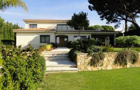 Luxury 4 bedroom houses for sale in Catalonia. House Costa Brava