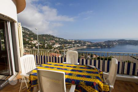 2 bedroom apartments for sale in Villefranche-sur-Mer. Sea view apartment with terrace, in a historic villa, near the beach, in Villefranche sur Mer, Cote d`Azur, France
