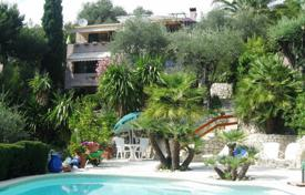 Residential for sale in Menton. Villa – Menton, Côte d'Azur (French Riviera), France