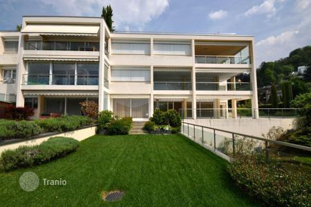 Luxury apartments with pools for sale in Central Europe. Apartment – Lugano, Ticino, Switzerland