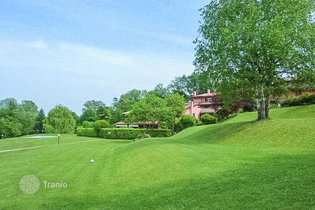 Coastal houses for sale in Lombardy. Villa – Bodio, Lombardy, Italy