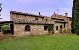 Luxury houses for sale in Montepulciano. Villa – Montepulciano, Tuscany, Italy