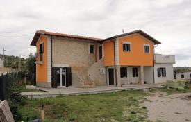 4 bedroom houses for sale in Abruzzo. Villa with two apartments, a plot of land and panoramic views of the sea and mountains in Nereta, Italy
