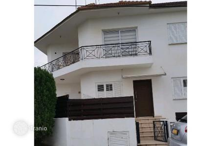 Residential for sale in Egkomi. 3 Bedroom ground floor apartment in Makedonitissa/ Engomi