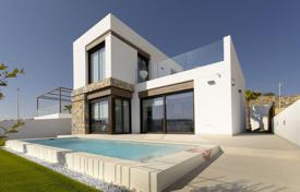 Cheap houses with pools for sale in Southern Europe. Villa – Algorfa, Valencia, Spain
