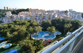 Furnished three-bedroom apartment in Dehesa de Campoamor, Costa Blanca, Spain for 135,000 €
