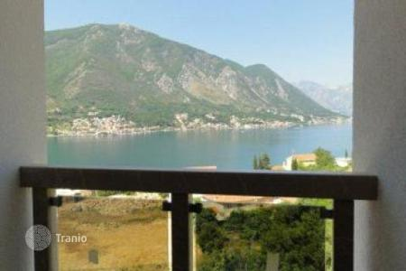 2 bedroom apartments by the sea for sale in Kotor (city). New development in Kotor, only 100m from the sea. Most of the apartments are with the sea view. Development will include 6 buildings