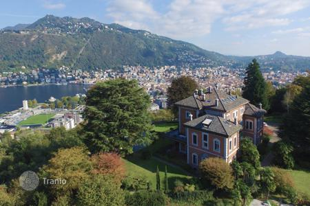 Luxury 3 bedroom apartments for sale in Lombardy. Apartment – Lake Como, Lombardy, Italy