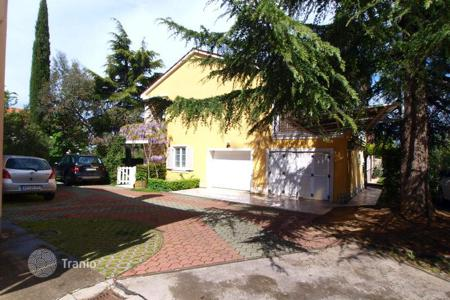 2 bedroom apartments for sale in Slovenia. Apartment – Izola, Obalno-Cabinet, Slovenia