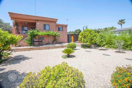 Cheap 4 bedroom houses for sale in Spain. Villa - Turís, Valencia, Spain