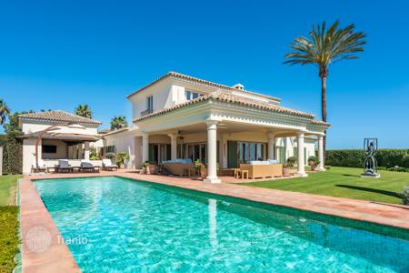 Luxury property for sale in San Roque. Fabulous designed villa built on an elevated plot with wonderful views
