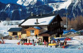 Property to rent in Huez. Furnished chalet close to ski lift in Alp d'Huez, French Alps, France