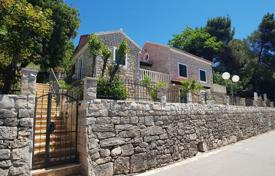 Residential for sale in Splitska. Two-level Mediterranean style villa on the beachfront, Splitska, Brač, Croatia