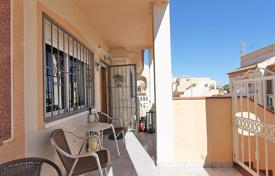 Cheap houses for sale in Spain. Orihuela Costa, La Florida. Top bungalow of 54.31 m² with 4 bedrooms, 2 bathrooms