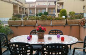 4 bedroom apartments for sale in Catalonia. Apartment – Cubelles, Catalonia, Spain