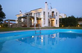Villas and houses for rent with swimming pools in Kassandreia. Villa – Kassandreia, Administration of Macedonia and Thrace, Greece