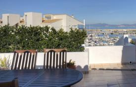Coastal property for sale in L'Escala. Apartment – L'Escala, Catalonia, Spain