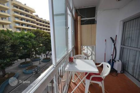 3 bedroom apartments by the sea for sale in Costa del Sol. Amazing corner apartment located right in the centre of Torremolinos on San Miguel street
