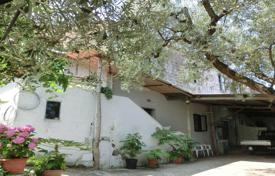 Property for sale in Campania. Two-storey manor with a balcony, Sorrento, Italy
