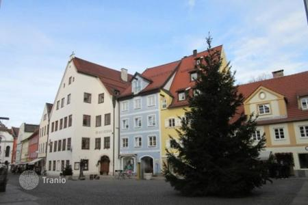 4 bedroom apartments for sale in Füssen. Two-level apartment in a new building in the resort town of Fussen, Bavaria