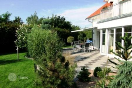 3 bedroom houses for sale in Munich. Luxury house with a garden and SPA zone near Munich