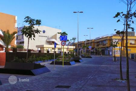 Cheap 3 bedroom apartments for sale in Canary Islands. Central Duplex in San Fernando