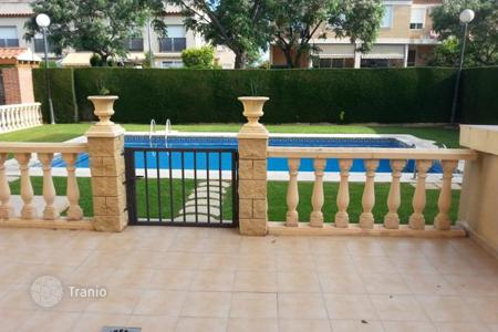 Cheap residential for sale in Costa Dorada. Apartment – Cambrils, Catalonia, Spain