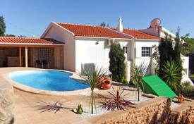 3 bedroom houses for sale in Albufeira. 3 Bedroom Villa with Pool, Stables, Paddocks and Sea Views near Albufeira