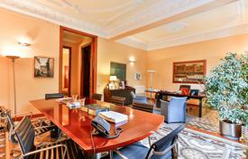 Luxury 4 bedroom apartments for sale in Catalonia. Luminous apartment with a large terrace in a listed building, in the prestigious district of L'Eixample, Barcelona, Spain