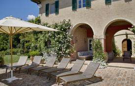 6 bedroom villas and houses to rent in Tuscany. Villa – Pisa, Tuscany, Italy