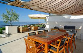 Spacious penthouse with a rooftop terrace, sea views and a parking, Bol, Croatia for 540,000 €