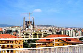 3 bedroom apartments for sale in L'Eixample. Spacious apartment in the Eixample district