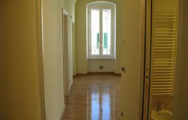 Cheap residential for sale in Italy. Apartment – Province of Imperia, Liguria, Italy
