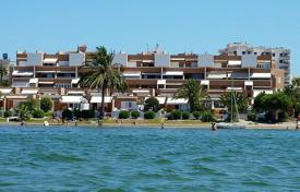 Roomy apartment 3 bedrooms+ 2 bathrooms in a private urbanisation at the Mar Menor (The Lagoon) beach and very close to the Mediterranean Sea for 165,000 €